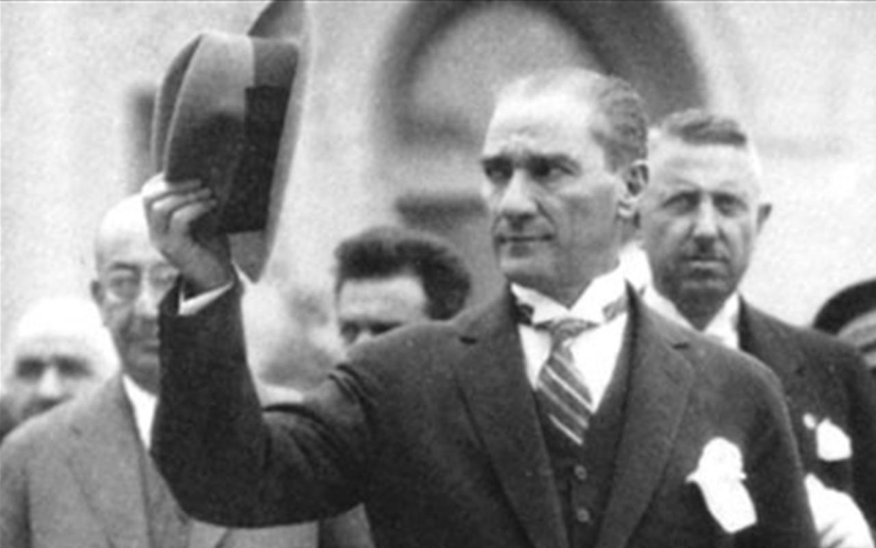 Atatürk'ün film senaryosu yazdırdığı ortaya çıktı Cumhurbaşkanlığı Arşivi'nde!