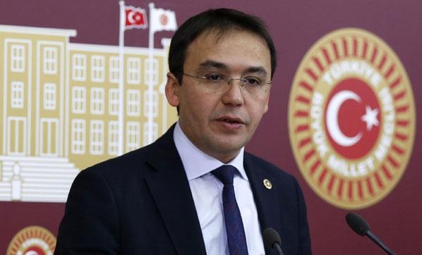CHP'li Hasan Baltacı'nın 'camii Erdoğan için boşaltıldı' iddiası yalan çıktı