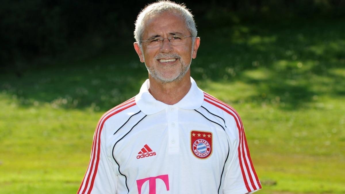 Efsane futbolcu Gerd Müller yaşamını yitirdi