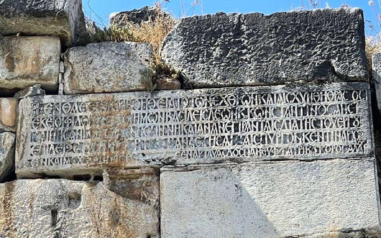 İznik surlarındaki 2 bin yıllık kitabenin sırrı çözüldü bakın ne yazıyor!
