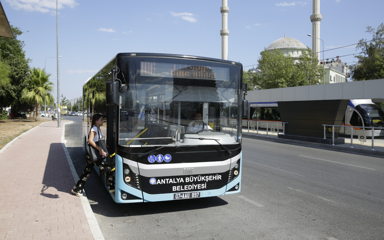 Antalya'da toplu ulaşıma yüzde 12 zam geldi! İşte güncel fiyatlar…