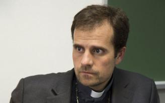 İspanyol piskoposun yasak aşkı istifa getirdi