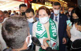 Meral Akşener'den Samsun'da esnaf ziyareti