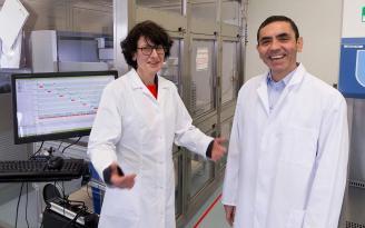 Uğur Şahin ve Özlem Türeci'ye Almanya'nın büyük bilim ödülü verildi