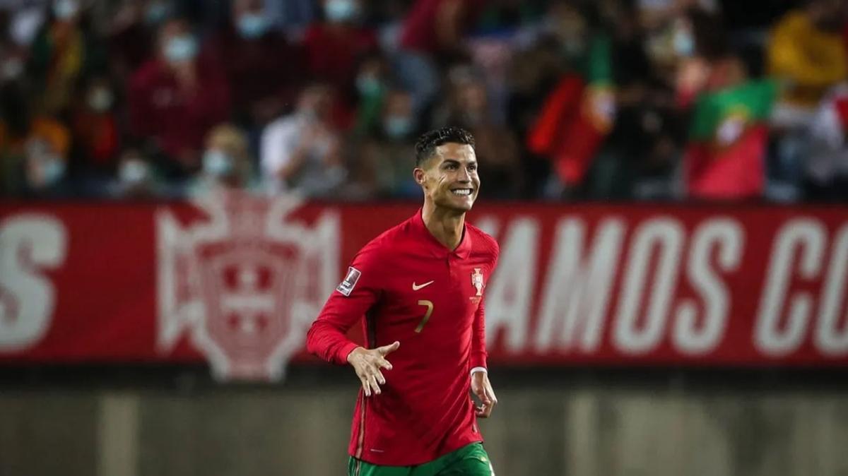 Cristiano Ronaldo bir rekora daha imza attı
